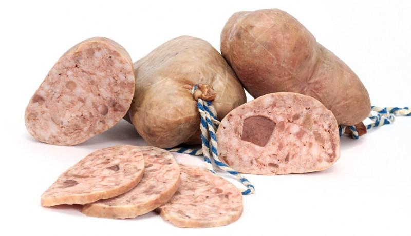 embotit-cuit-bull-blanc-blanco-embutido-cocido-white-pudding-sausage